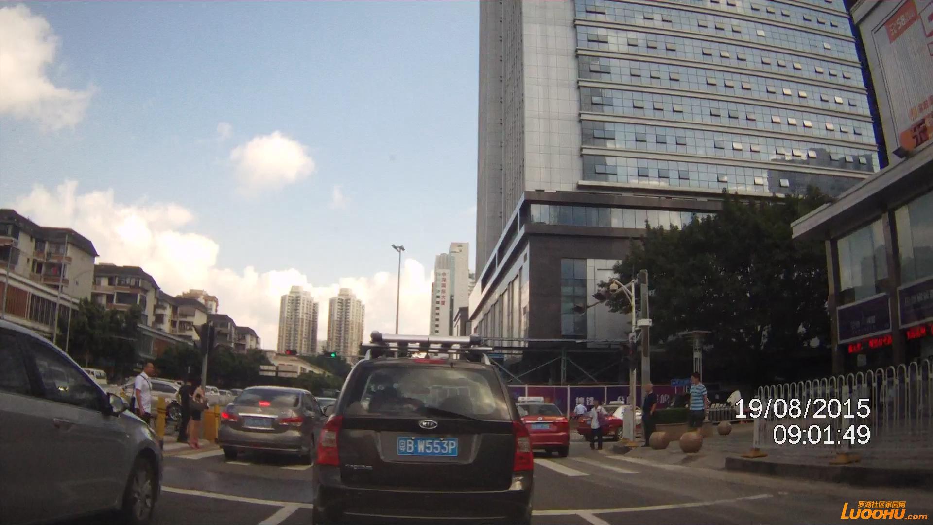 红岭路与红荔路交汇处(直行车道左转)2.jpg