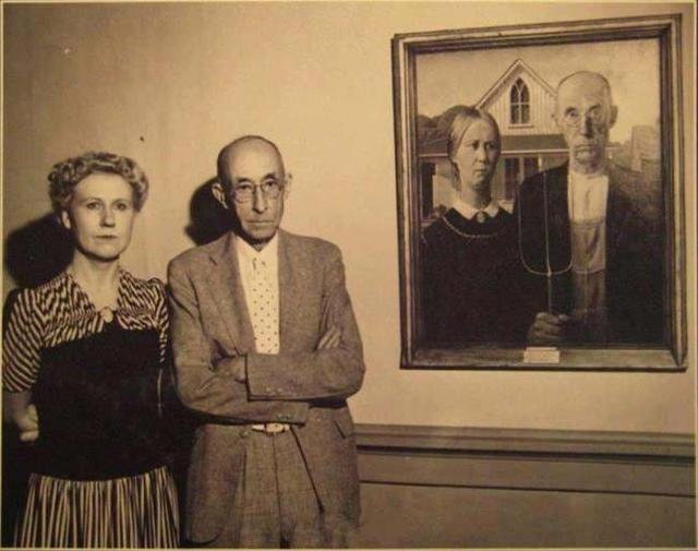 画家格兰特伍德(Grant Wood)跟他画中的模特儿合照,这幅《美国哥特式》(American Gothic)跟达芬奇的《  ...