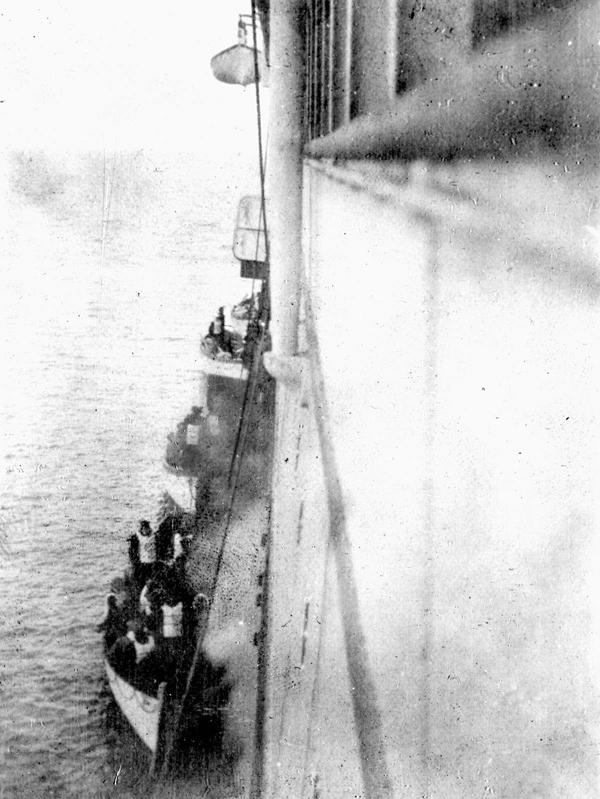 泰坦尼克号在1912年登陆卡尔比亚的幸存者。