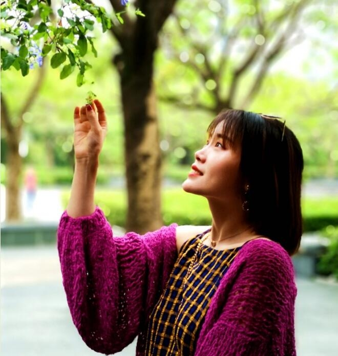 第六十一期摄影月赛:五月主题——赏花人