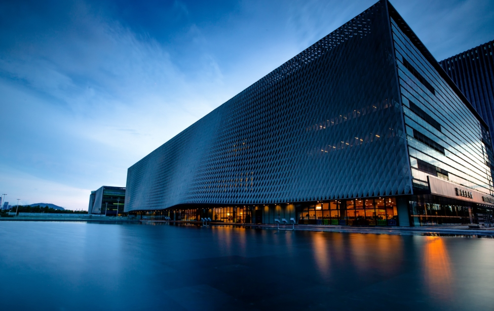 八月摄影月赛主题:乐虎国际的图书馆