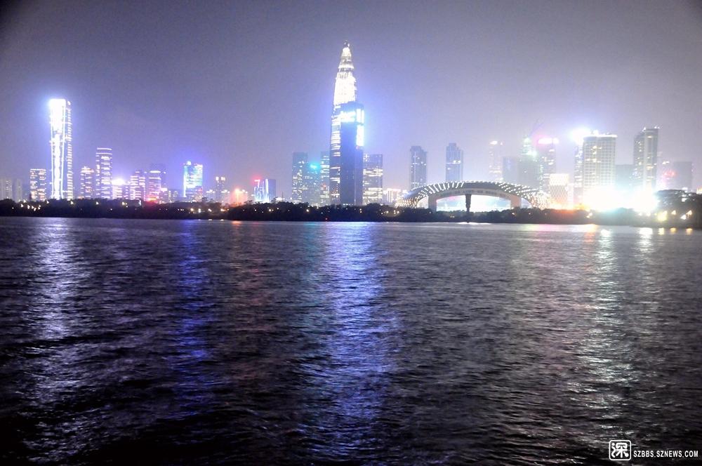 """台风""""利奇马""""前夕深圳湾夜景_106.jpg"""