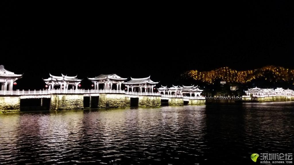 广济桥夜景.jpg