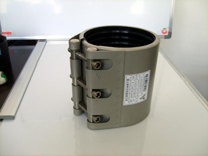 不锈钢管道修补器-单卡式管道连接器