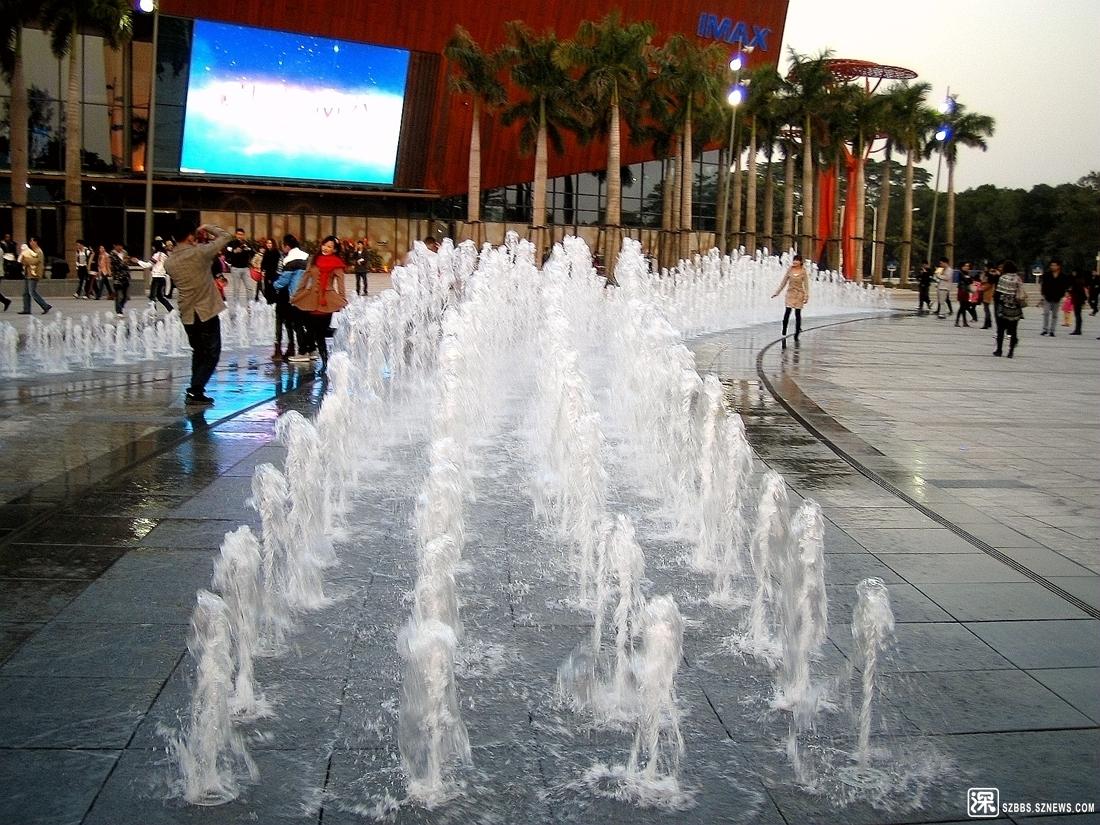欢乐喷泉_96.jpg