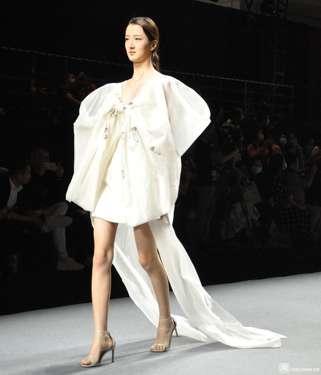 DSC_1044裙装.JPG