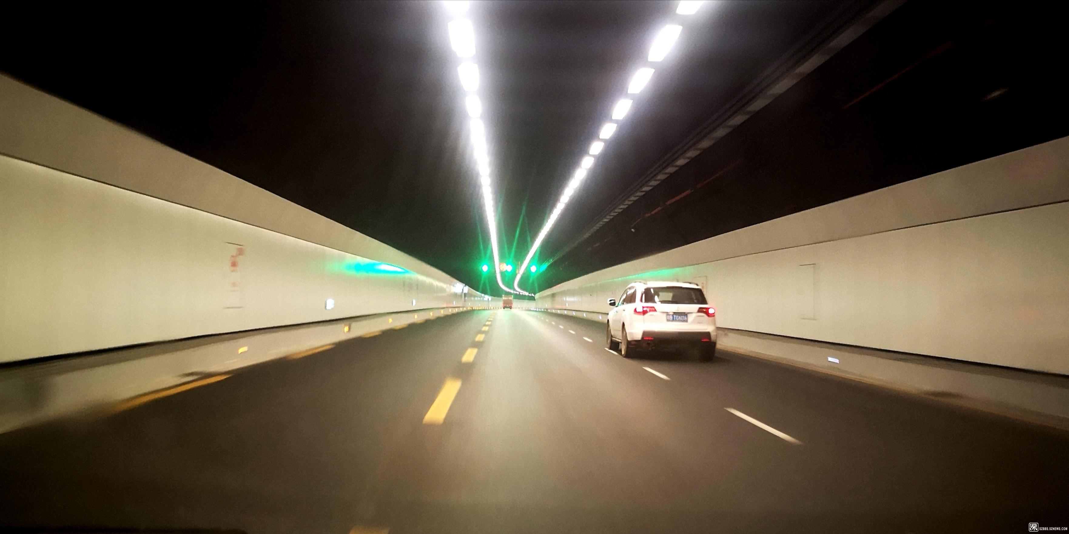 隧道内虚线1.jpg